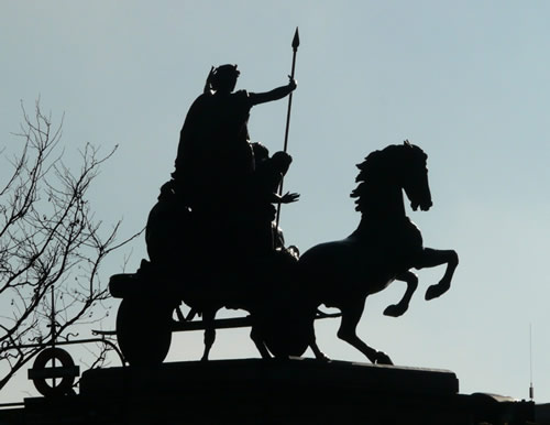 Statue à l'ouest du Westminster Bridge